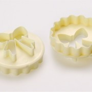 Bow Scallop Cupcake Cutter