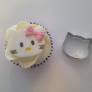hello-kitty-cutter