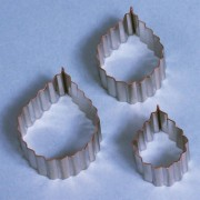 PME 3 Set Serrated Rose Leaf Cutters